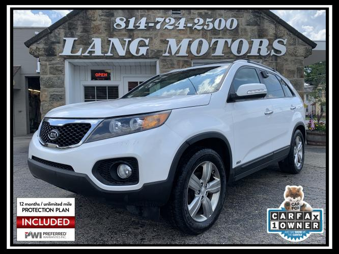 2013 Snow White Pearl /Black Kia Sorento EX AWD (5XYKUDA69DG) with an 2.4L L4 DOHC 16V engine, 6-Speed Automatic transmission, located at 821 Market Street, Meadville, PA, 16335, (814) 724-2500, 41.641064, -80.152435 - Photo #0