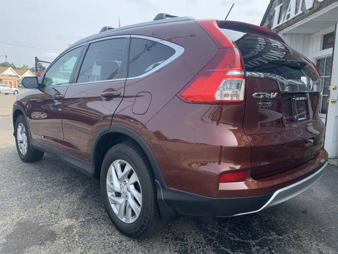 2016 Copper Sunset Pearl /Black Honda CR-V EX AWD (5J6RM4H56GL) with an 2.4L L4 DOHC 16V engine, CVT transmission, located at 821 Market Street, Meadville, PA, 16335, (814) 724-2500, 41.641064, -80.152435 - Photo #4